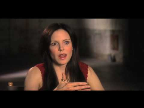 Mary-Louise Parker weeds (nancy botwin)