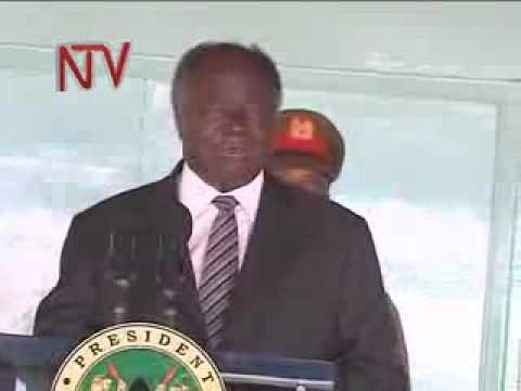 Mwai kibaki - 'I have only one wife'
