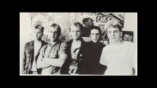 Serious Drinking - Bobby Moore Was Innocent (Peel Session)