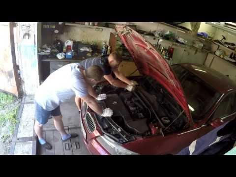 Замена вакуумного насоса BMW. Машина без тормозов! Мотор N46