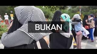 Gambar cover Ada Apa Dengan Cadar _ Surabaya