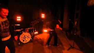 3 Feet Smaller - New Music Video Te...