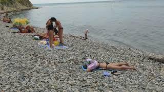19 июля 2019 / Ольгинка / Что вижу, то пою (2 серия) / Гуляем по пляжу к мысу Грязнова.