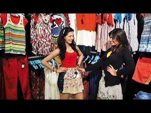 Colaba Causeway Shopping Guide with Antique Stuffs Hd || by-Aamir Naqvi | 2017