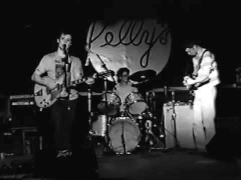 beat happening * TEENAGE CAVEMAN * live @ Kelly's ~ Norman, OK. 4-12-92