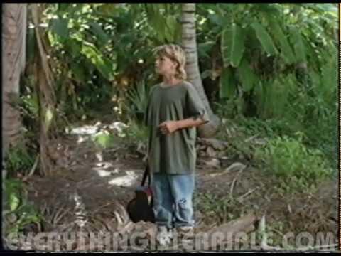 Zachery Ty Bryan Finds A Pizza Tree