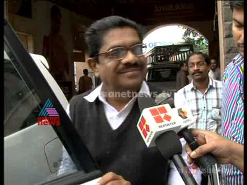 VM Sudheeran escapes from question regarding liquor policy in 19th Dec morning