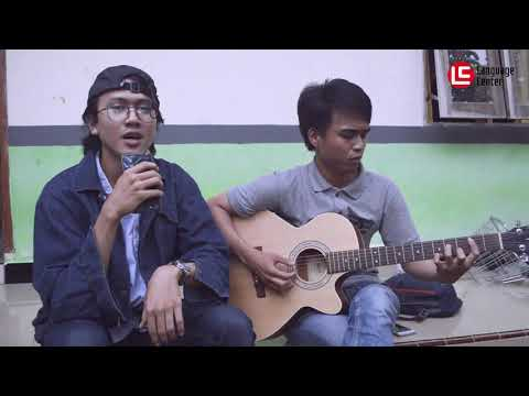 Rich Brian - Dat Stick (Skinnyfabs Version) Cover by Mr Diaz with Member Bee Camp Kampung Inggris LC