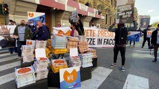 Roma, c'è anche il pizzaiolo di Conte alla protesta dei ristoratori: