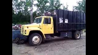 1985 International S-1700 9.0L 5 speed Dump Truck