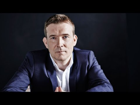 Discuss 'The Bone Clocks' with Author David Mitchell | Mashable