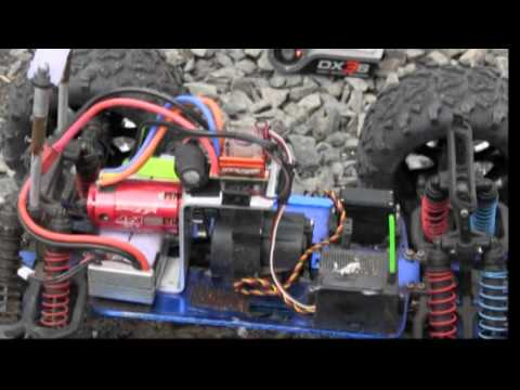 Traxxas T Maxx Conversion Battery Brushless Youtube