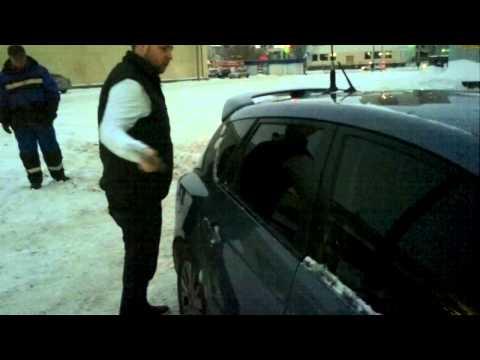 Как быстро открыть машину