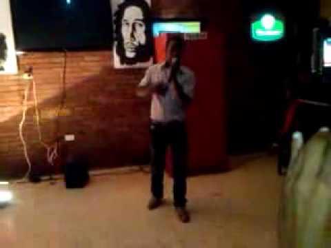 Víctor Mata- Debutando En Karaoke