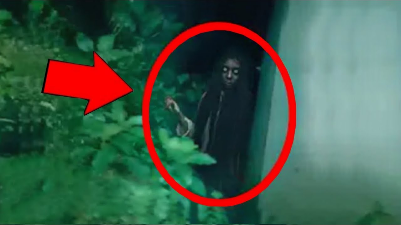 Top 5 Ghost Videos Recorded by Ghost Hunter's | SCARY Ghost Videos By Ghost Hunters!
