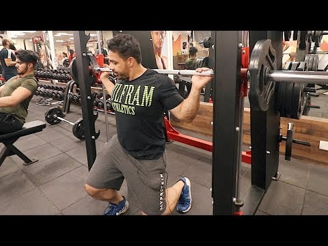Smith Machine Squat Hutiyapa