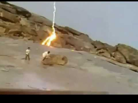 INSANE Extreme Close Lightning Strike - Lightning Bolt Crashes into Rocks - YouTube & INSANE Extreme Close Lightning Strike - Lightning Bolt Crashes ... azcodes.com