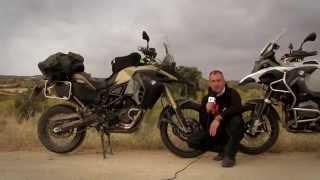 MotosGarage Tv: BMW R1200 GS ADV Vs. F 800 GS ADV