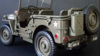 DieCast Car Collection : Willys Jeep 1945, 1/18