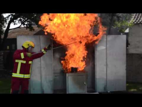 What happens if you pour water onto hot oil