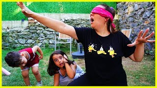 KÖREBE OYUNU OYNADIK l Kids Games With Rüya and Yankı For Children