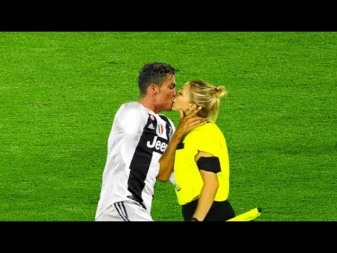 Funny moments with female referees, try not to laugh