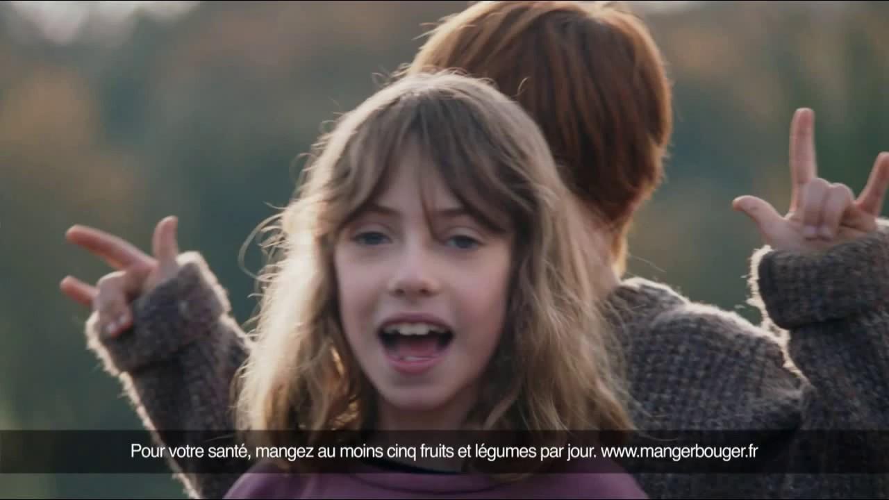 """Danone yaourt brassé en Normandie nature Le Bio local """"eh les parents!"""" - Publicité 0:20"""