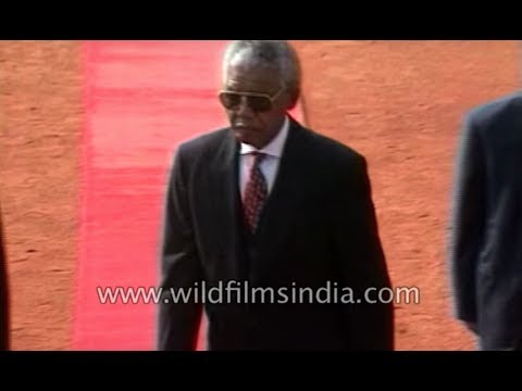Nelson Mandela visits India as the chief guest of Republic Day parade
