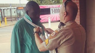 Officers Help Stranger Knot His Tie For Job Interview: 'He Trusted Us'