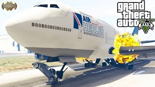 R8 Crashes Into Plane That's Landing GTA V