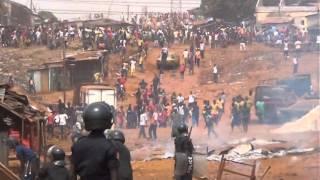 Manifestation du mardi 18 février 2014 à Dapompa, Conakry : carte du gendarme tué