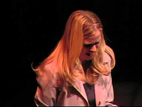 Lauren Kennedy -