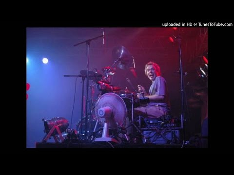 34. Wohnout - Live Lucerna 2004 - 1.část