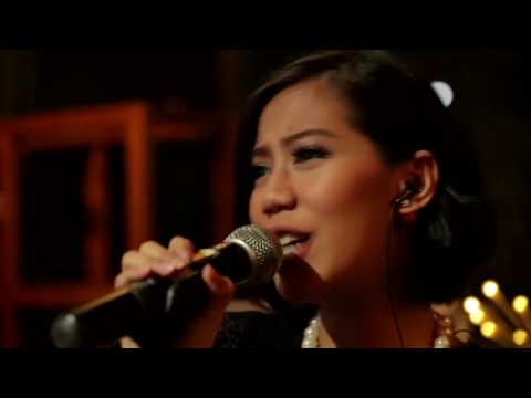 Music Everywhere MLD SPOT - Maliq & D'Essentials - Penasaran *
