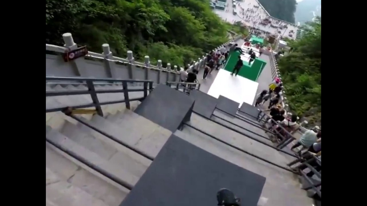 Biggest parkour course in Tianmen Mountain China - AWESOME ...