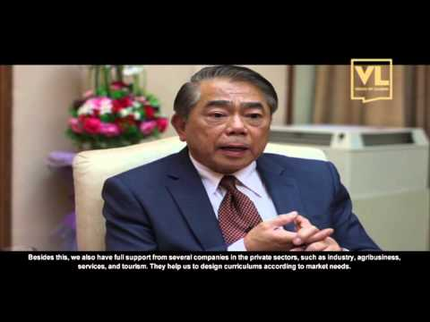 Top executive: Admiral Narong Pipatanasai, Deputy Prime Minister of Thailand: Economic Growth