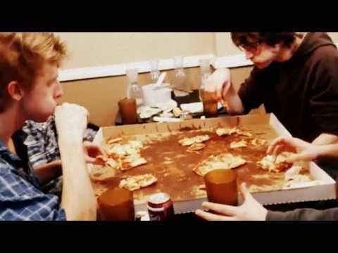 Crazy Pizza Challenge From Minnesnowta