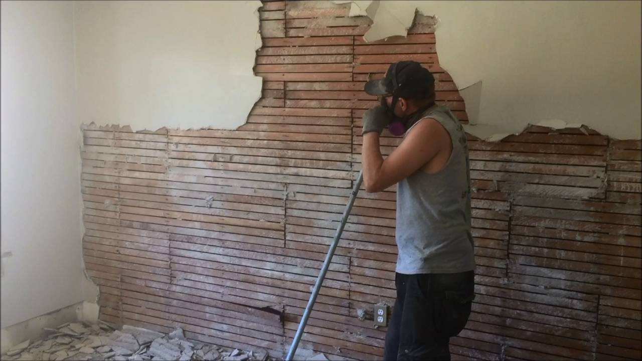 DIY How To Remove Plaster on Wood Lath Walls - YouTube