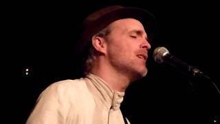 HD - Fran Healy (Travis) - Closer (Acoustic) live @ Szene, Vienna 28.02.2011, Austria
