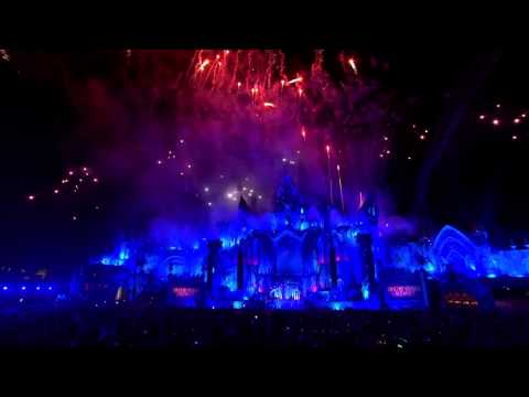 Dimitri Vegas & Like Mike - Higher Place (LIVE @ Tomorrowland 2015 Mainstage)