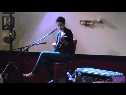 Vessna Scheff an Original HONEY BEE at The Music Cafe Damascus, Maryland