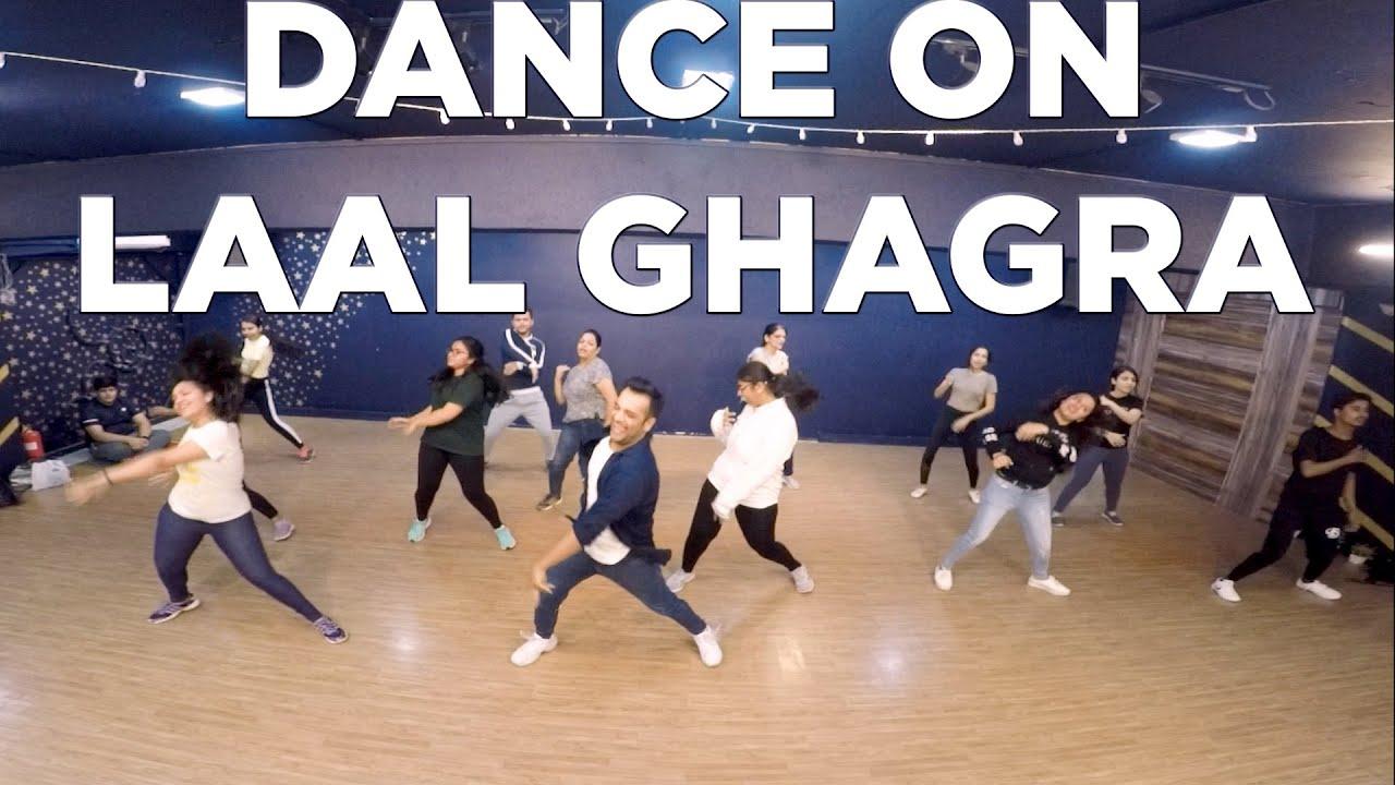 DANCE ON LAAL GHAGRA , GOOD NEWS, AKSHAY KUMAR, KAREENA ...