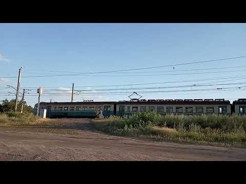 Электричка ЭД2Т-1005 Святогорск-Краматорск #6225