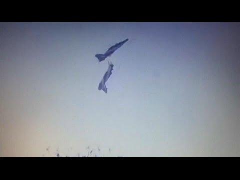 شاهد: تحطم طائرتين عسكريتين خلال استعراض جوي في الهند  - نشر قبل 34 دقيقة