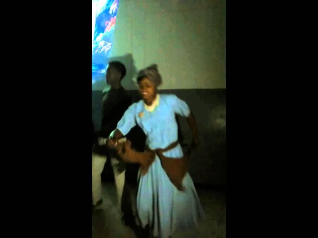 Dance at Sasit Secondary School!