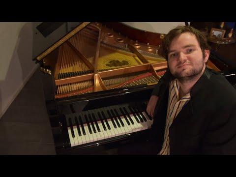 Live solo jazz piano with Callum Watson