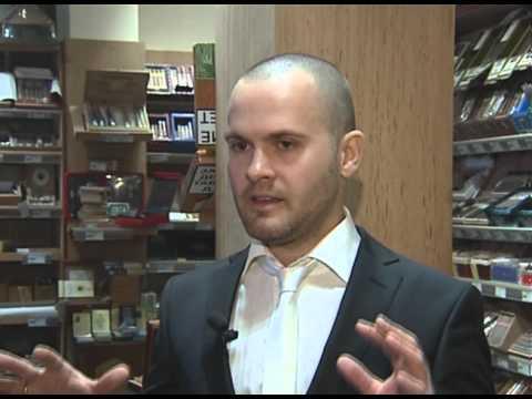 Выбираем сигары с актером Александром Лобановым