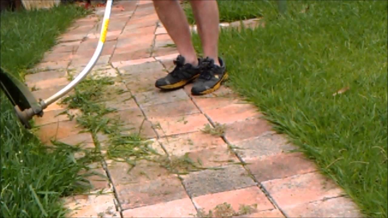 How to trim your edges using victa lawn trimmer youtube for Edging your yard