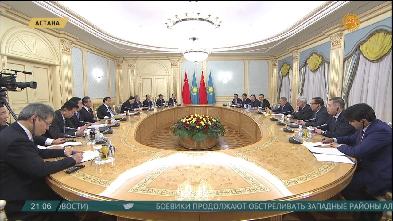 Глава государства провел встречу с Премьер-Министром КНР Ли Кэцяном