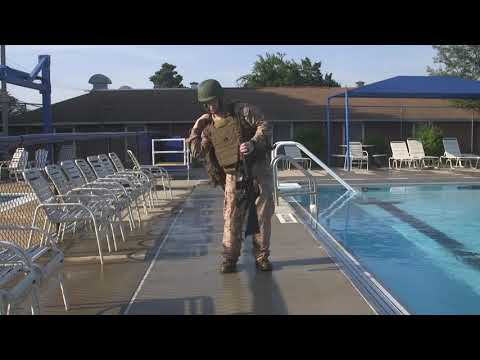 Employ Floatation Gear (WSI): Remove Combat Load on Land (#1)